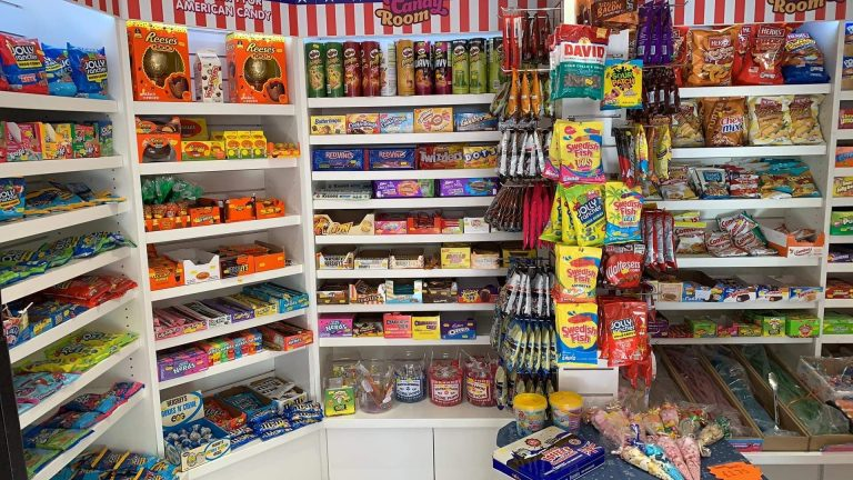 About Candy Room sweet shop 2