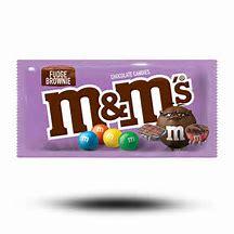 M & M FUDGE BROWNIE CANDY 40g 3